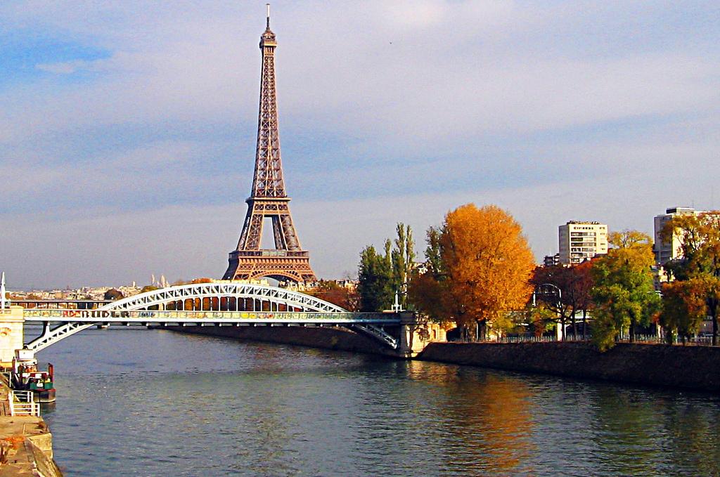Paris l 39 immobilier en hausse blog de l 39 immobilier - Immobilier atypique paris ...